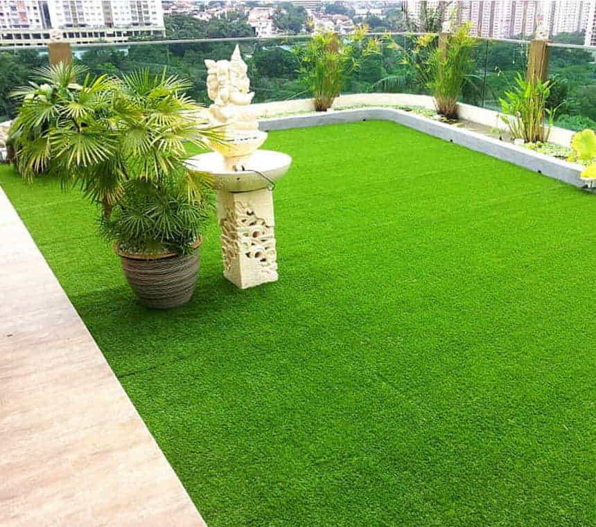 artificial grass Dubai for balcony